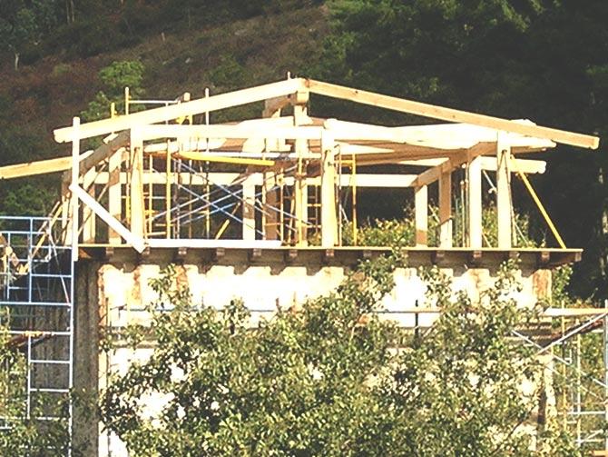 M.- Estructura de madera
