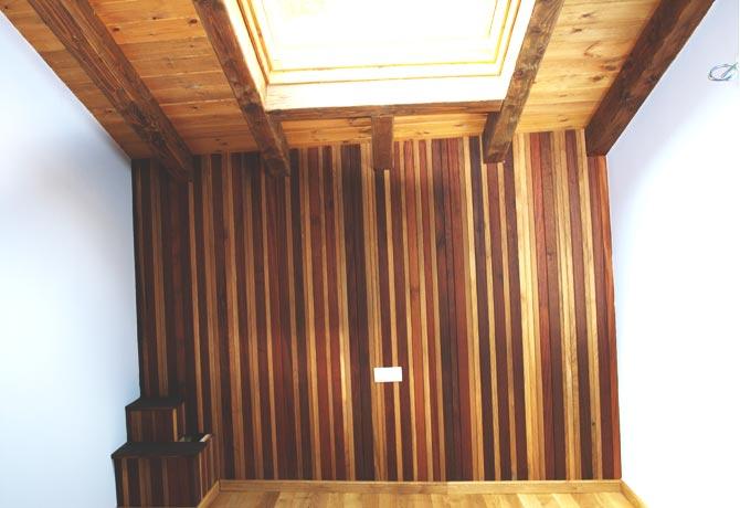 R.- Trasdosado de madera